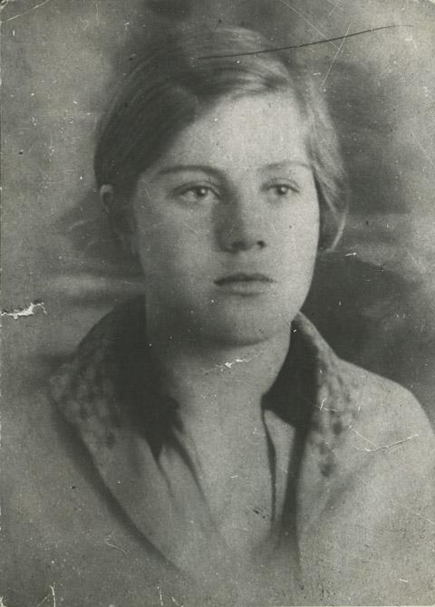 Вера Волошина. 1935 год. Кемерово.