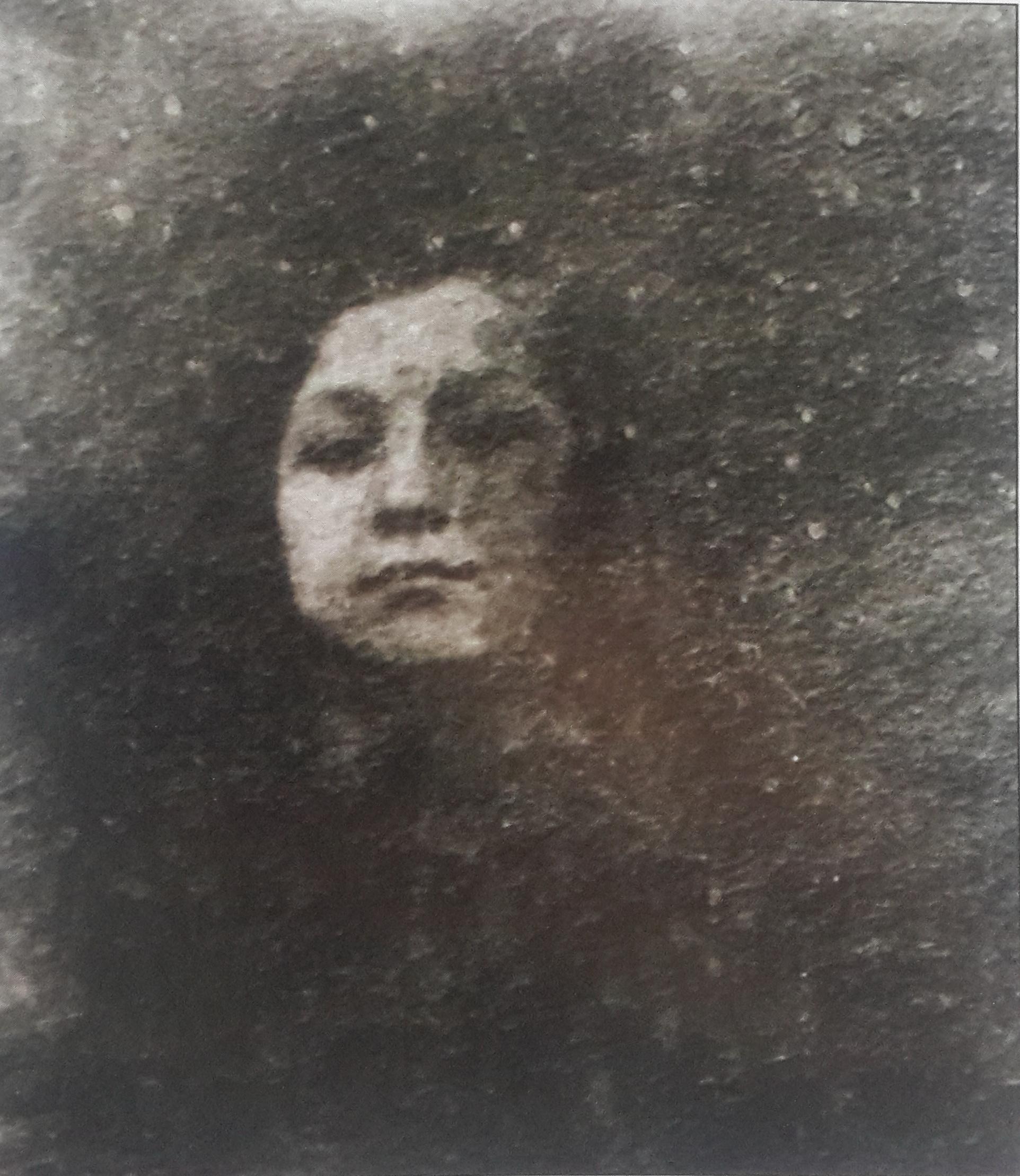 Зоя Космодемьянская после смерти отца. 1933 год.