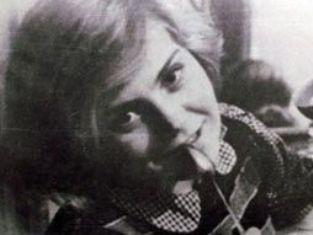 Вера Волошина в общежитии Московского института советской кооперативной торговли. 1940 год